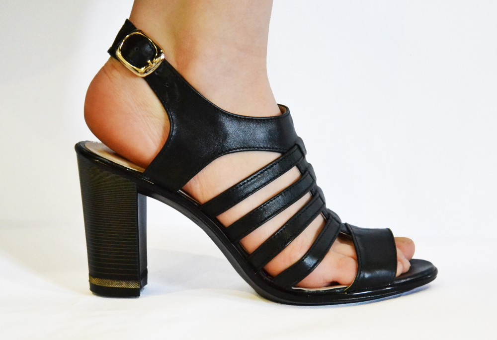 Кожаную обувь от производителя женскую